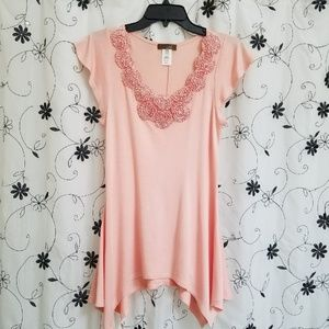 M USA, Size Small  Top.